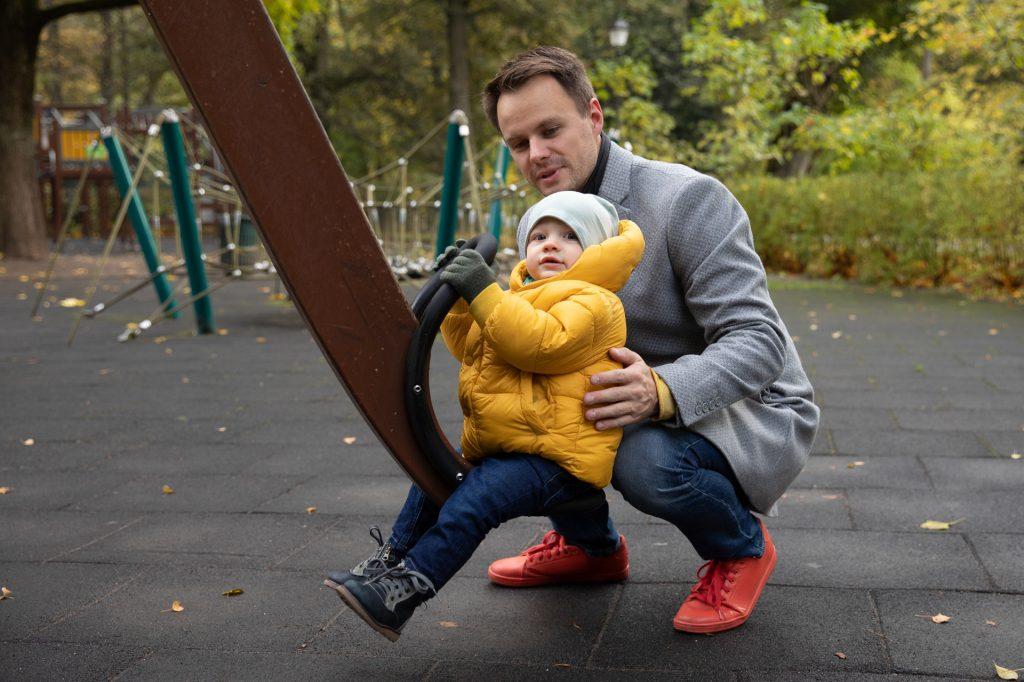 Tėtis Vytautas su sūnumi Gabrieliumi/ Orange Studio Photography